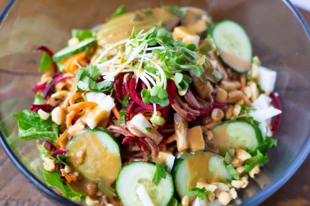 Raw Pad Thai with Vegan Pad Thai Sauce