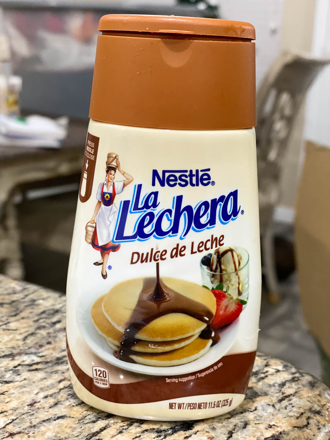 A bottle of La Lechera, Dulce de Leche